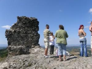 ....jedina zachovalá stena na hrade Szanda....