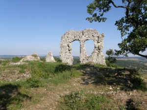 ...zostatky hradu......