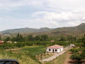 Južný okraj Logroňa a okolité kopce.