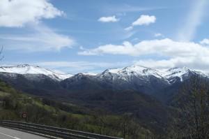 Západný okraj pohoria Picos de Europa pod čerstvým snehom.