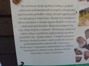 Informačná tabuľa v chránenom areáli Holica. Horné Príbelce. 25.12.2011.