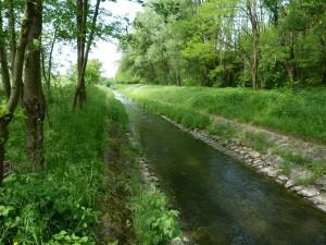 Zničený potok Derék-patak v Pataku.