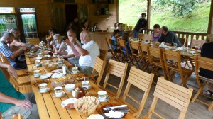 Otvorená reštaurácia, kam sme chodili na raňajky a večere.