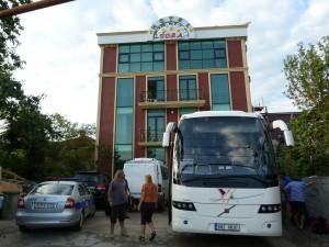 """""""Luxusný"""" hotel Gora v Kutaisi."""
