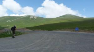 V priesmyku Ilgar Dagi Gečidi 2550 m.n.m., Turecko.