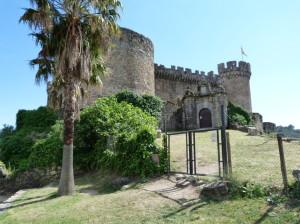 Súkromný, neprístupný hrad Mombeltrán, 05.06.2015, 17:03 hod.