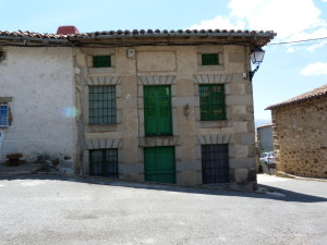 Kamenné domy v La Herguijuela, 06.06.2015, 13:59 - 14:00 hod.