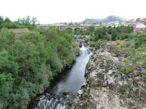 Rieka Rio Tormes v mestečku Puenta del Congosto, 06.06.2015, 15:58 hod.