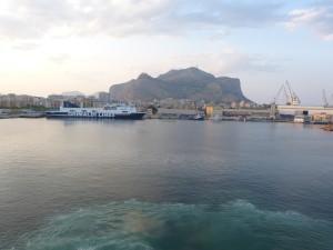 Prístav v Palermu, Sicília.