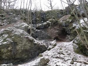 ...skaly nad Mlynským potokom...