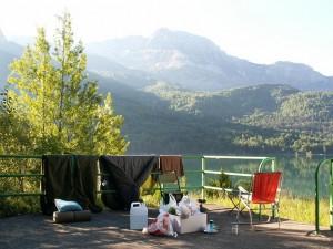 Tábor pred raňajkami....