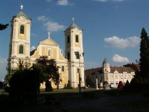Gyönygyös - kostol na hlavnom námestí. Foto 21.07.2010.