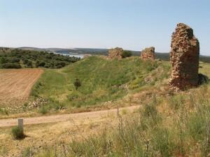Ruiny hradu Fontanillas de Castro.
